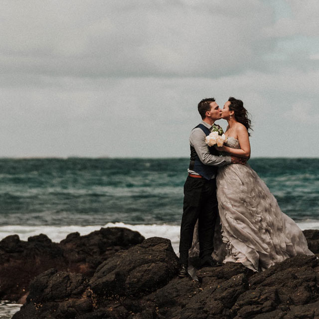 wedding videography melbourne portfolio of married bride groom kissing in Mornington Peninsula wedding