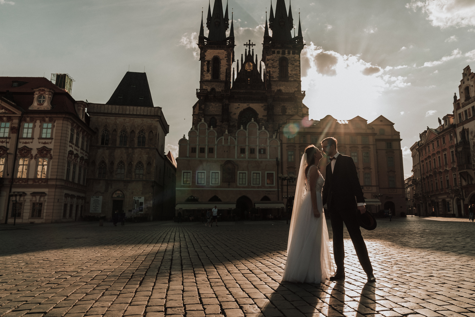 beautiful sunrise wedding photo in Prague by destination wedding photographer Black Avenue Productions