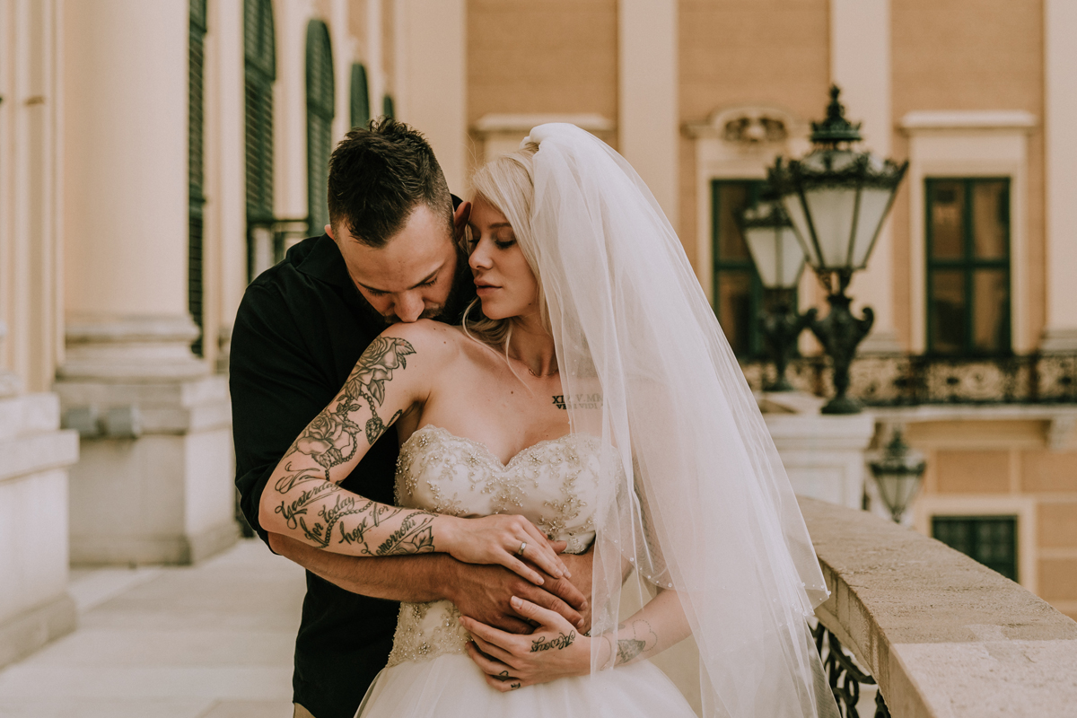tattooed bride Nina and husband Manuel at Schönbrunn Palace for Vienna wedding photos shoot by Dr Derek Chan from Black Avenue Productions