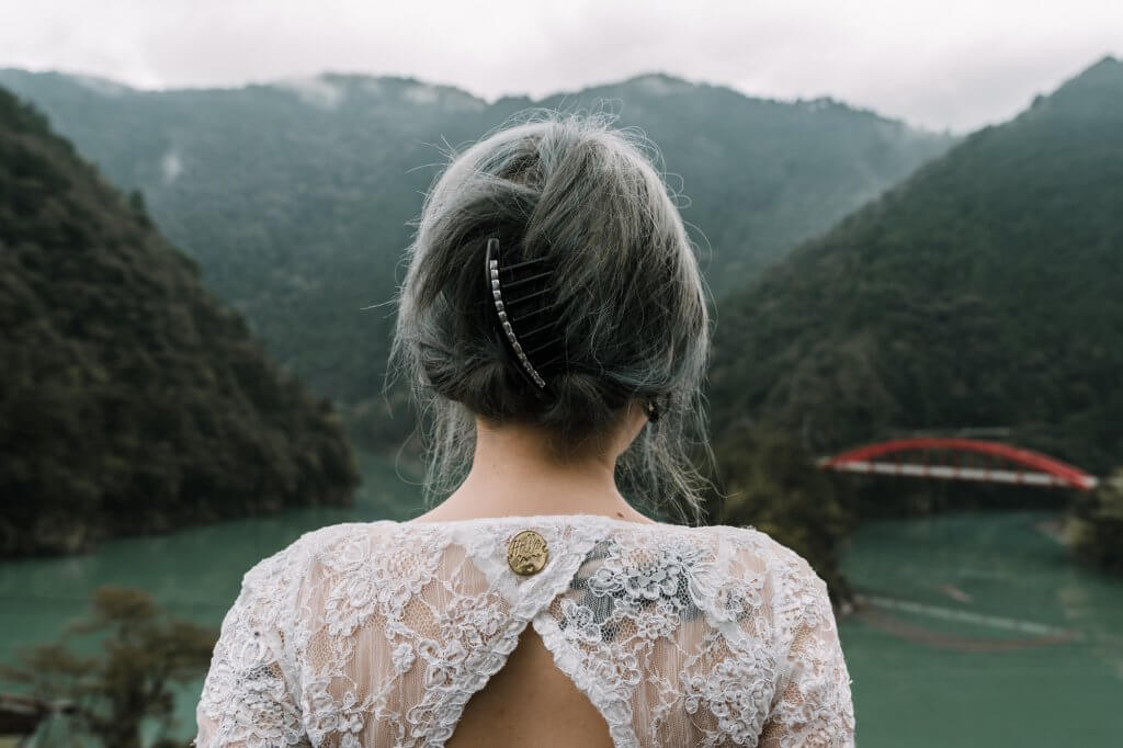 tattooed bride in Japan destination wedding captured by Melbourne wedding photographers Black Avenue Productions Derek Chan