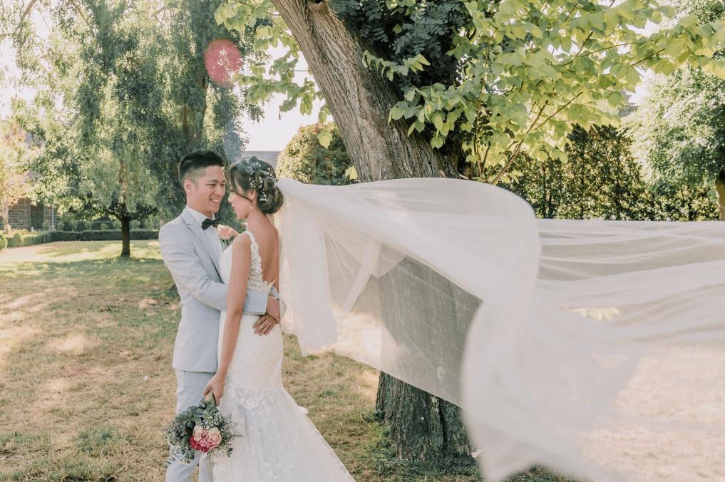 Bride and groom summer wedding