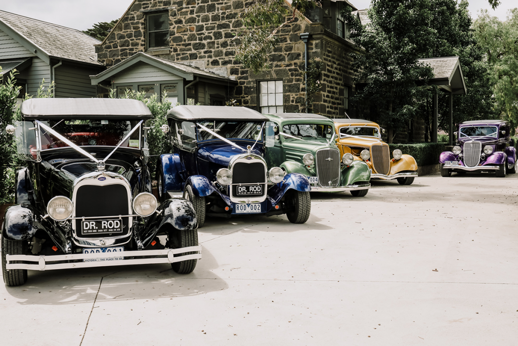 classic vintage cars for wedding day