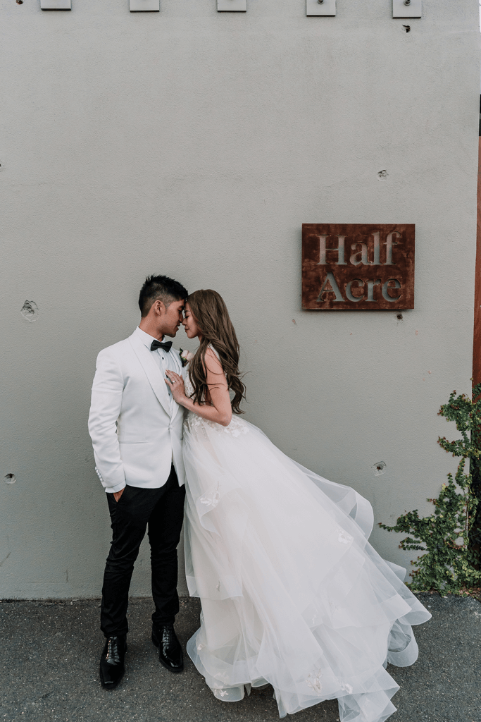 cute couples in melbourne city wedding