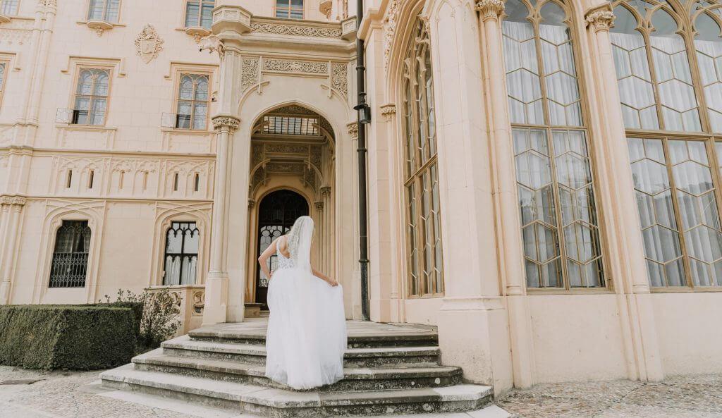 Elopement Wedding Photo Black Avenue Productions