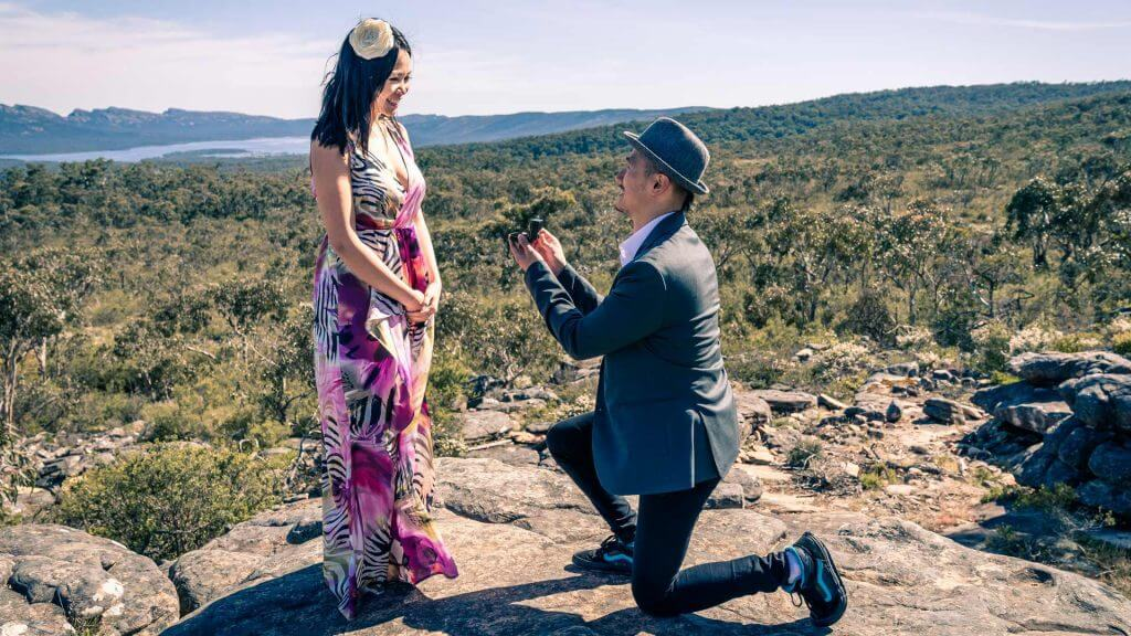 Proposal Photography Surprise Proposal at the Grampians